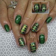 St Patricks kilt nail design