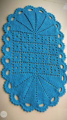 Crochet Doily Rug, Crochet Table Runner Pattern, Crochet Baby Dress Pattern, Crochet Motif Patterns, Crochet Carpet, Crochet Flower Tutorial, Crochet Lace Edging, Crochet Instructions, Crochet Diagram