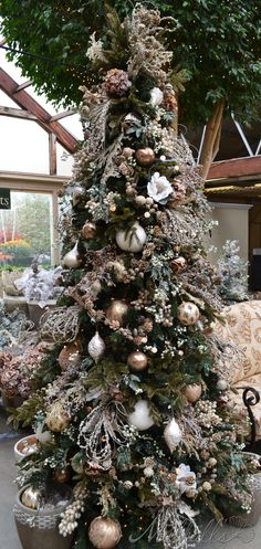 Sepia themed Christmas Tree. very Victorian and pretty - love this idea, but will never have enough stuff. Maybe adapt for a table-top version.