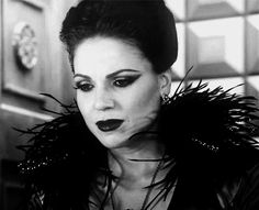 """Her Majesty, Queen Regina Mills on """"Once Upon A Time""""  Lana Parrilla •darkness beauty evil GIF•"""