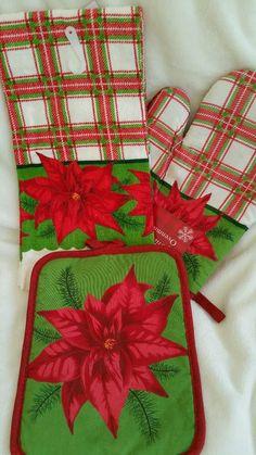 Set of 3 Christmas ToweL Oven Mitt Pot Holder Plaid Poinsettia in Home & Garden, Kitchen, Dining & Bar, Linens & Textiles   eBay
