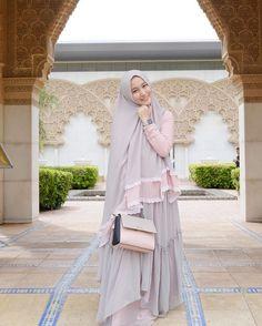 Party Gamis Models For Fat Women Dress Muslim Modern, Muslim Dress, Hijab Gown, Kebaya Hijab, Muslim Women Fashion, Hijab Chic, Stylish Hijab, Abaya Fashion, Women's Fashion