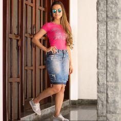 """1,185 curtidas, 14 comentários - JULLY RIBEIRO Fashion Girl (@jullyribeiroblog) no Instagram: """"Hello Girlss!!#saia. #destroyedjeans Look de hoje @challothadock A loja é especializada em…"""""""