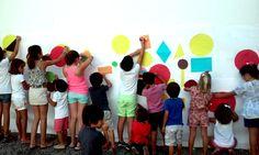 Talleres de verano - Inspirándose en la obra de Picasso y de El Lissitzky, en el taller los niños trabajaron de manera simultánea con pintura, collage, fotografía, arquitectura..., empleando múltiples materiales y diversos lenguajes que fueron desde lo figurativo a la abstracción.