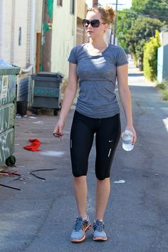 Jennifer Lawrence - awesome body!!!