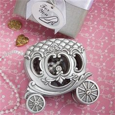 Birthday party: Carriage Box - Cinderella Party Favors