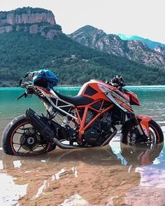 Latest Motorcycle News in Malaysia Duke Motorcycle, Duke Bike, Ktm Duke, Ktm Superduke 1290, Supermoto Ktm, Moto Cross Ktm, Kawasaki H2r, Moto Wallpapers, Ktm Super Duke