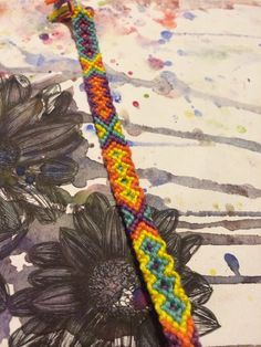Diamonds friendship bracelet pattern number 1177 - For more patterns and tutorials visit our web or the app!