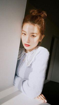Uzzlang Girl, Girl Face, South Korean Girls, Korean Girl Groups, Seulgi Photoshoot, Red Velvet Photoshoot, Kang Seulgi, Red Velvet Seulgi, Girl Bands