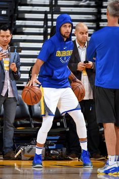 Stephen Curry of the Golden State Warriors warms up before the game against the Minnesota Timberwolves on November 8 2017 at ORACLE Arena in Oakland...