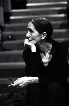 Pina Bausch, Sit still and say nothing
