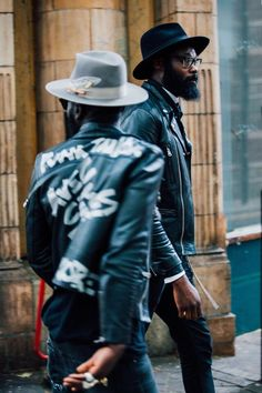 Leather jackets and fedoras for Avec Ces Freres