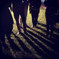 Ombre di influencers in una notte di mezz'estate #AlTrasimeno  foto di @ChiaraDall