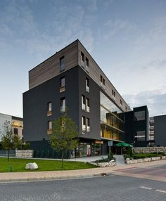 Housing Complex / medusagroup