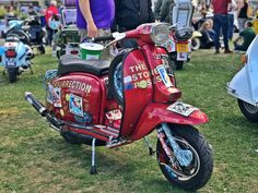 The second part of my Isle of Wight scooter rally 2018 trilogy features shiny, sparkly scooters in the sun at Ryde and Smallbrook Stadium. Lambretta Scooter, Vespa Scooters, Pocket Bike, Amanda Holden, Mod Girl, Scooter Girl, Isle Of Wight, Cars And Motorcycles, Rally