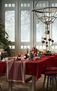 Christmas collection by HM Home 〛 ◾ Photos ◾Ideas◾ Design H&m Christmas, Modern Christmas Decor, Christmas Trends, Elegant Christmas, Christmas Inspiration, Christmas Decorations, Table Decorations, Sweden Christmas, Beautiful Christmas