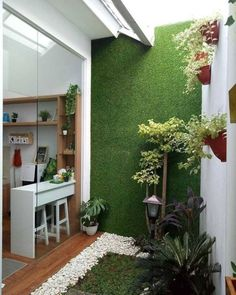 Balcony Design Ideas for Your Home and Apartments Small Balcony Design, Minimalist Garden, House Plants Decor, Interior Garden, Interior Ideas, Interior Design, Home Room Design, Diy Garden Decor, Garden Ideas