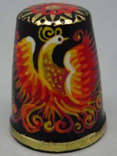 Cuento Pajaro de Fuego. Dedal ruso de madera lacado, pintado a mano. Palekh. Thimble-Dedal-Fingerhut.