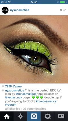 Green eye makeup with gold liner