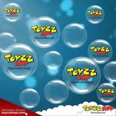 Harika bir yarışma ile yine beraberiz :)   Yarışmamıza katılarak 18 Kasım Cumartesi günü Uniq İstanbul'da gerçekleştirilecek Bubble Show ile çocuğunuza harika bir gün hediye edin!   Sorumuza doğru yanıtı veren 3 kişi çift kişilik İstanbul Uniq istanbul Maslak'ta gerçekleştirilecek Bubble Show 'a bilet kazanacak :)  Sorumuz ise oldukça eğlenceli, videoda yer alan Toyzz Shop yazılı baloncukların adedini yorum olarak yazın, yarışmamıza katılın.  Yarışmaya katılım son tarihi: 16 Kasım 2017…