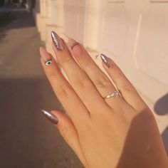 ou will find best beauty products on Ange Beauty Aycrlic Nails, Chic Nails, Stylish Nails, Trendy Nails, Swag Nails, Coffin Nails, Bling Nails, Almond Acrylic Nails, Cute Acrylic Nails