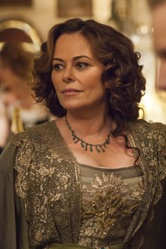 Mr Selfridge season 2, Delphine Day played by (Polly Walker)