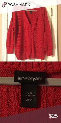 LB Sweater Sweater in good condition will very little signs of wear!❤️ Lane Bryant Sweaters V-Necks