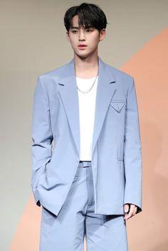 Seventeen Comeback, Haircut Parts, Hip Hop, Kim Min Gyu, Mingyu Seventeen, Lifestyle News, Seoul, Suit Jacket, Wattpad