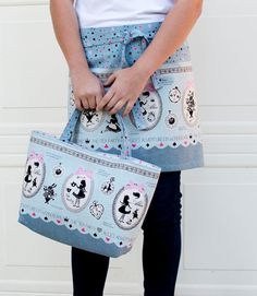 Sew a Tote Bag (and Hostess Apron) from 1 yard of fabric! {One Yard Magic Pattern from Lecien} — SewCanShe | Free Daily Sewing Tutorials