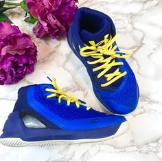 89e0982fcc92 Shop Kids  Under Armour Blue Yellow size Sneakers at a discounted price at  Poshmark. Description  Under Armour Stephen Curry Basketball Shoes EUC Blue  ...