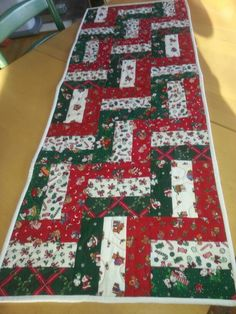 Fence rail block christmas runner