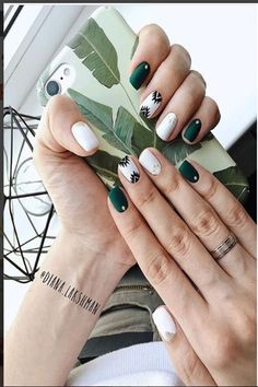 #nail_art_design #holiday_nails #holiday_nail_art #Christmas _nails Cool Nail Designs, Aztec Nail Designs, Aztec Nail Art, Aztec Nails, Green Nail Designs, Short Nail Designs, Nail Design For Short Nails, Summer Nail Designs, Short Nails Art