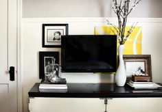 love how this TV looks with the rest of the decor. Normally I hate when items cover wall hangings. From Hunted Interior that was on the Thrifty Decor Chick site Tv In Bedroom, Bedroom Decor, Master Bedroom, Tv Set Up, Home Goods Decor, Home Decor, Tv Decor, Wall Decor, Thrifty Decor Chick