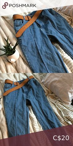 Boo Hoo blue stripped mom jean Blue barley worn stripped mom jeans. Tag ripped off in washing machine. Asking $20 obo Boohoo Jeans Boyfriend Boyfriend Jeans, Mom Jeans, Boohoo Jeans, Plus Fashion, Fashion Tips, Fashion Trends, Washing Machine, Khaki Pants, Closet