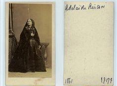 Adelaide Ristori, attrice in costume di scena (probabilmente Elisabetta nella Maria Stuarda di Schiller), cdv dello studio Disderi di Parigi, 1861, provenienza fond Levert, comprato da photovintagefrance e rivenduto ad un altro collezionista...