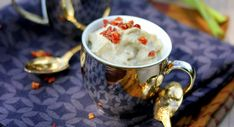 Verrine tomate mozzarella Tapenade, Moscow Mule Mugs, Food And Drink, Dishes, Tableware, Kitchen, Tzatziki, Weight Watcher, Buffets