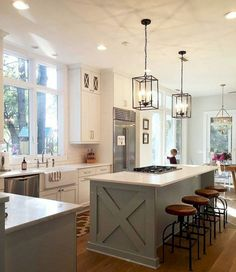 23 Gorgeous Modern Farmhouse Kitchen Cabinets Decor Ideas