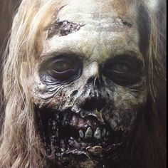 TWD Bicycle zombie, my absolute favorite zombie makeup from any show ever! Greg…