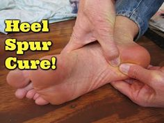 Curly Loves Essential Oils: Treat Heel Spurs and Plantar Fasciitis with Essential Oil Plantar Fasciitis Exercises, Plantar Fasciitis Treatment, Health And Fitness Expo, Fitness Tips, Heel Spur Cure, Foot Exercises, Shoulder Tension, Essential Oils For Pain, Foot Pain Relief