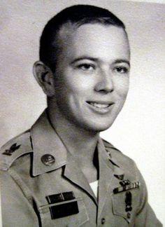 """Honoring Arthur Earl Keesee, died in South Vietnam. Honor him so he is not forgotten. Vietnam War Photos, Vietnam Vets, South Vietnam, Vietnam Veterans Memorial, Fallen Heroes, American Soldiers, Love And Respect, Army, Memories"