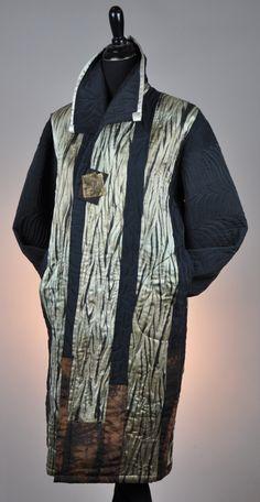 """Birch Stand"" Pieced and machine Quilted coat Arashi Shibori 2013 Shibori, Beautiful Clothes, Beautiful Outfits, Fashion Art, Fashion Outfits, Womens Fashion, Advanced Style, Models, Jacket Style"