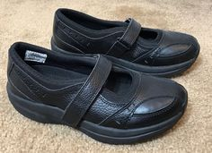 f16badac1576 TheraShoe Womens Size US 6.5 Shoes Black Leather Mary Jane Hook Loop  Therapeutic  TheraShoe