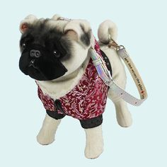 sorry l couldn't resist! This is more upmarket version of dog bag. A pug to hug, haha.