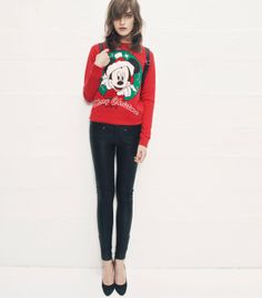 #lookbook #TALLYWEiJL – An amazing #red #XMAS #Mickey #print #jumper http://www.tally-weijl.net/p/clothing/roter-pullover-mitinchchristmas-mikeyinchprint/sswcojickey-red003?categoryId=26078