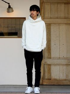 サルエルパンツ着こなしメンズのパーカー「Name. HANGED SWEAT P/O PARKA」を使ったコーディネート Sarouel Pants, Parka, Normcore, Turtle Neck, Mens Fashion, Sweaters, How To Wear, Style, Moda Masculina