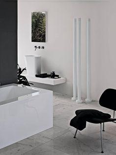 Accessories. #accessoires #salledebain #design #designinteriories #bathroom #bobcarrelage
