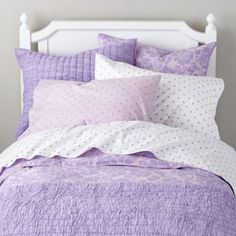 Dream Girl Quilt (Lavender)    The Land of Nod