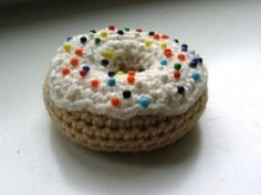 Fun and funky donut pin-cushion (plus lots of other fun crochet gifts)