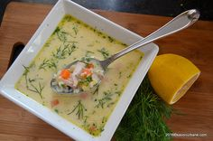 Ciorba de pui a la grec - reteta mamei mele | Savori Urbane Romanian Food, Romanian Recipes, Good Food, Yummy Food, Soups And Stews, Cheeseburger Chowder, Thai Red Curry, Food And Drink, Easy Meals