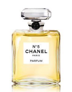 N°5 Parfum by Chanel | Hudson's Bay for Valentine's Day #valentinesday #thebay @gifts